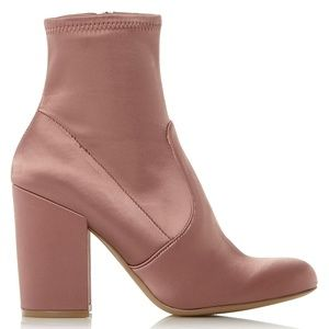 Steve Madden Heeled Ankle Booties 🌸 Gaze 🌸 8.5